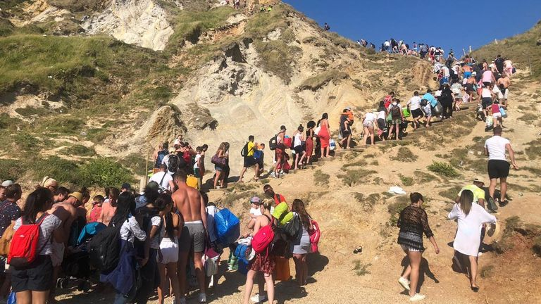 Photo of Three people seriously injured cliff-jumping in Dorset