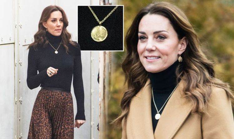 Photo of Middleton shows 'individuality' by wearing new necklace