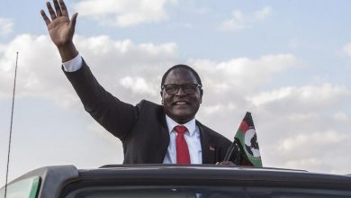 "Photo of Ex-Malawian President Ordered to Pay for Mandate ""Defiance"""