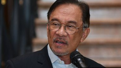 Photo of Anwar initiates judicial review over PM Muhyddin's advice to Malaysia king on suspension of parliament