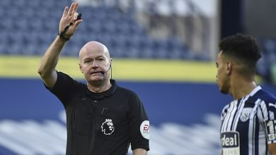 Photo of Referee Lee Mason withdraws from Sheffield United vs Liverpool with injury after Brighton debacle